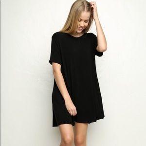Socialite black t-shirt dress